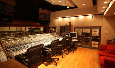 Ocean Way Hollywood The world-renowned Ocean Way Studio B that features custom OWA monitoring.